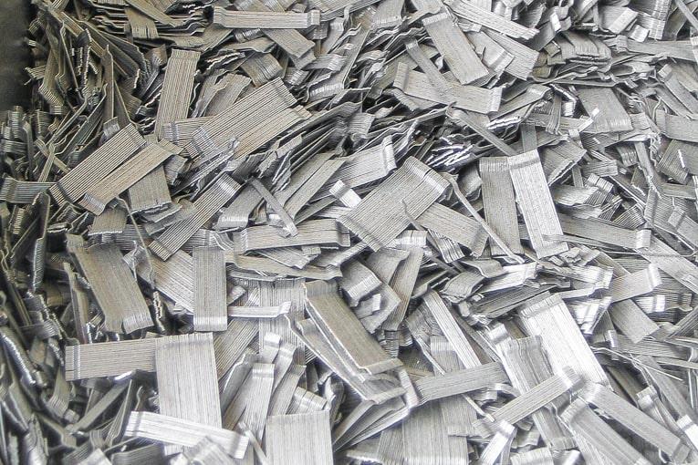 Les fibres métalliques sont mises en œuvre dans la structure de la même façon que les autres constituants du béton. Elles font partie de la composition du matériau. [©ACPresse]