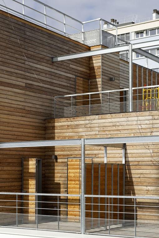 Le chantier de surélévation a nécessité 380 m3 de bois massifs et 210 m3 de bois lamellés-collés. [©Augosto Da Silva - Graphix-Images]