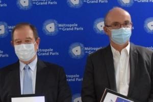Patrick ollier et Thierry Ollier lors de la signature du partenariat.[©DR]