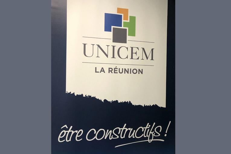 """Le SNBPE, l'Unicem La Réunion, la Capeb Réunion et la Fédération réunionnaise du BTP (FRBTP) ont signé la charte de """"Bonnes Pratiques"""". [©Unicem]"""