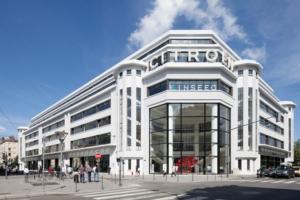 L'union régionale des CAUE d'Auvergne - Rhône-Alpes a lancé une plate-forme regroupant expérience et bonne conduite pour la gestion des édifices remarquables du XXe siècle. [©Union régionale des CAUE]