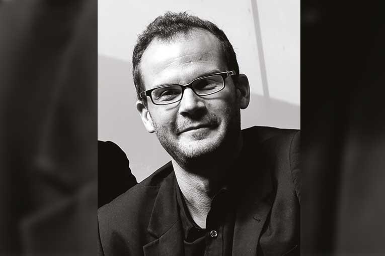Associé au sein de l'agence d'architecture Enia, Mathieu Chazelle est architecte DPLG et ingénieur civil des Ponts & Chaussées. Il est aussi enseignant à l'Ecole d'architecture Paris - Val-de-Seine. [©Enia]