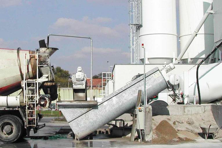 Les systèmes de recyclage permettent de valoriser les retours de béton. Ici, le système RWS de Bibko. [©Bibko]