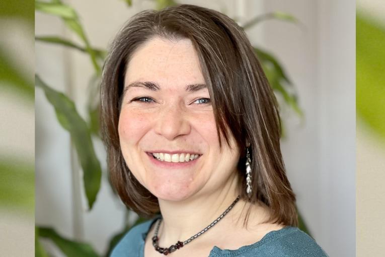 Responsable biodiversité chez Cemex France, Johanna Moreau devient la présidente de l'association Roselière.