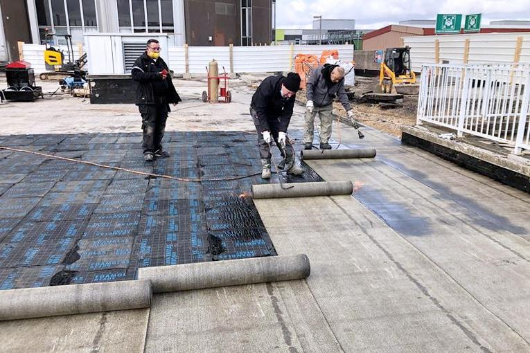Le Foamglas Ready F + a été mis en oeuvre sur le chantier de l'Hôpital Gustave Roussy. [©Foamglas]