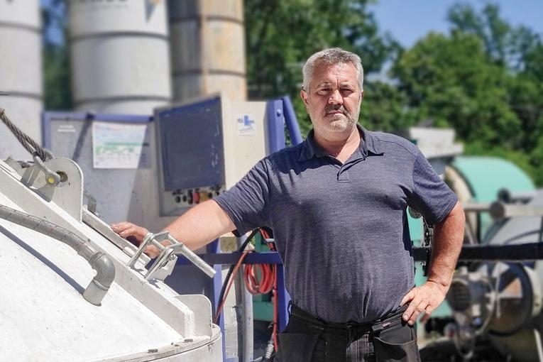 Yves Lacour, gérant de TCS : « Notre nouvelle centrale de chantier Modulmix répond à notre volonté d'indépendance ».  [©TCS]