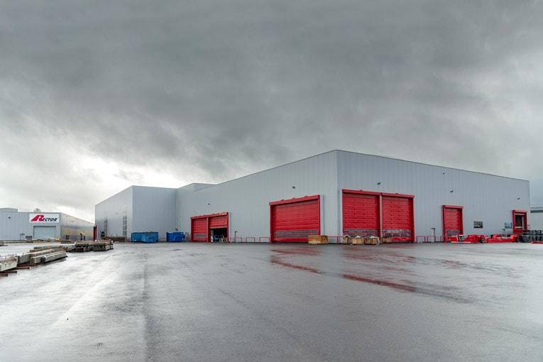 La halle n° 2 de l'usine Rector de Tournefeuille (31) se développe sur une superficie de 7 700 m2. [©ACPresse]