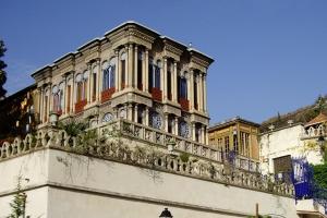 Le palais Construit sur quatre niveaux sur le rocher de Saint-Martin-le-Vinoux. [©DR]