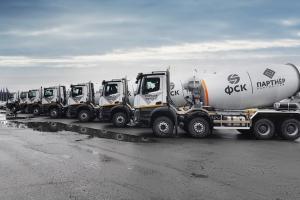 Possédant déjà 71 camions Mercedes-Benz, Partner Group ajoute 100 Mercedes-Benz Arocs 4142B flambant neufs à son parc. [©Mercedes-Benz]