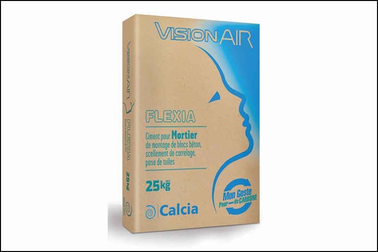 VisionAir se retrouve désormais sur les sacs de ciments bas carbone de Ciments Calcia. [©Ciments Calcia]