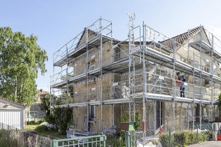 Le partenariat a débuté sur un projet de réhabilitation de 550 pavillons individuels dans le quartier de la cité Cheminote, entre Chelles et Brou-sur-Chantereine (77). [©DR]