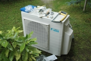 Une PAC air/air de faible puissance peut également suffire à assurer les besoins en chauffage. [©Gérard Guérit]