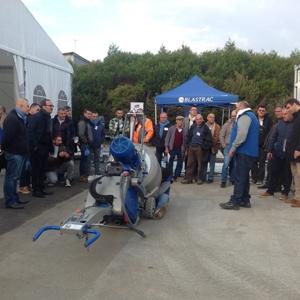 """Quelques 160 visiteurs se sont rendus à la """"Journée technique full service Blastrac"""". [©Blastrac]"""
