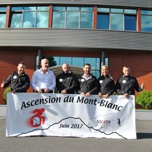 L'équipe de 4 salariés et le responsable d'Assap 77 se lanceront, le 26 juin prochain, dans l'ascension du Mont-Blanc. [©Socateb]