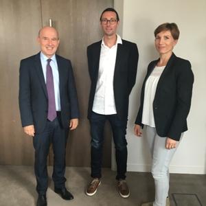De gauche à droite : Olivier Ribéreau-Gayon (Spie Batignolles), Franck Lefèvre et Anne Lefèvre-Defontaine (Defontaine Construction).