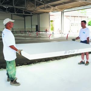 L'offre de Knauf Bâtiment pour l' isolation des dalles béton en PSE. [©Knauf Bâtiment]