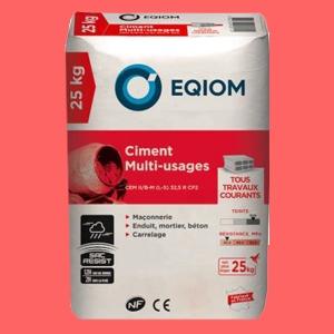 Eqiom propose les sacs de ciment Resist, conçus pour résister à l'humidité en condition de chantier. [©Eqiom]