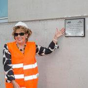 Son excellence l'ambassadrice d'Irlande a inauguré une plaque commémorative, le 9 juin dernier, sur le site d'Ecocem France, à Dunkerque, dans le Nord. [©ACPresse]