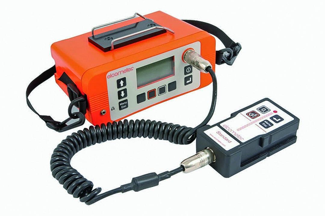 L'Elcometer 331 est facile à prendre en main et permet de gérer la maintenance des bétons armés. [©Elcometer]