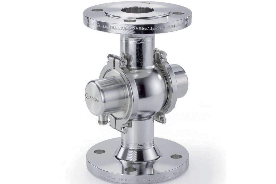 La FlowCell permet de mesurer en ligne le taux d'humidité, en étant intégrée dans la tuyauterie. [©Berthold]