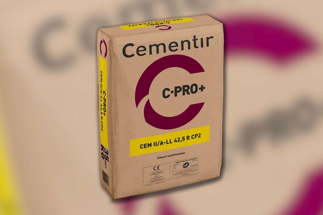 CCB France lance sur le marché des Hauts-de-France son nouveau ciment C-Pro+, une CEM II/A-LL 42,5 R CP2 CE NF. [©CCB]