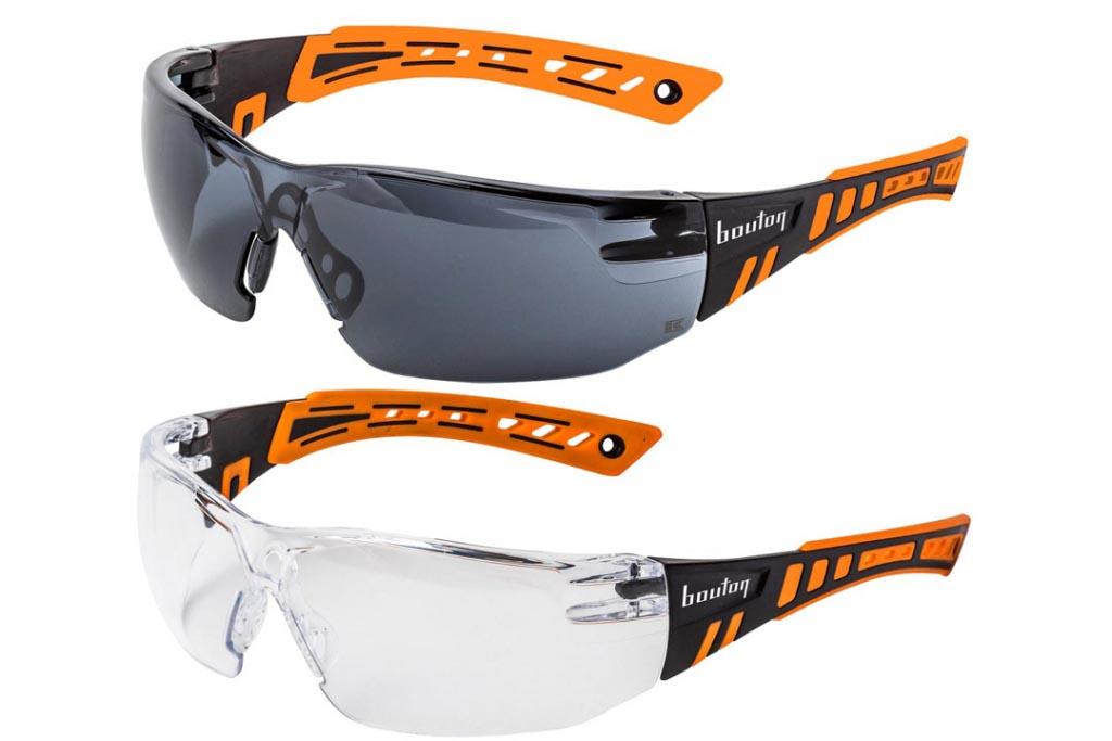 """Très lookées, les lunettes-masques """"Squadron"""" reprennent les codes du monde sportif. [©E.P.I. Center]"""