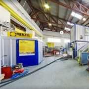 Le fabriquant de moteurs Menzel Elektromotoren propose une visite virtuelle de ses ateliers. [©Menzel]