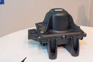 Capteur de pression et de température, et routeur de réception du système Tire Care TPMS de Michelin. [©ACPresse]