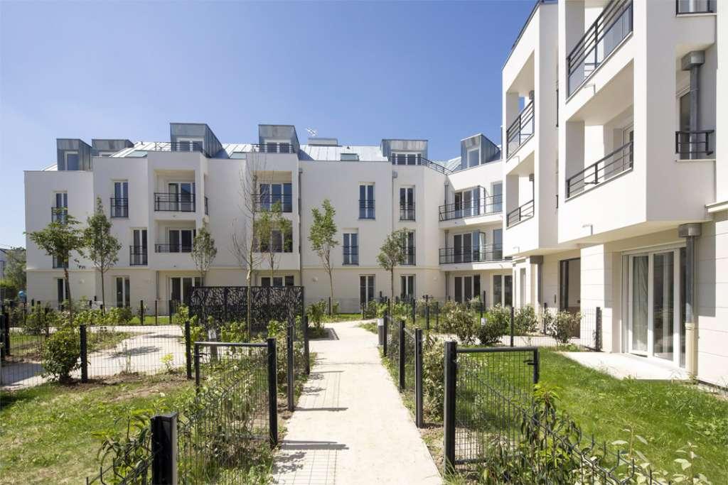 Terra Natura à Montigny le Bretonneux (78), Pierre Etoile architecte Architecture et Environnement. [©Jean-Yves Lacôte]