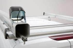 Accessoire du TopSystem, le tube de transport permet de ranger des éléments longs à l'abri des intempéries. [©Sortimo by Gruau]