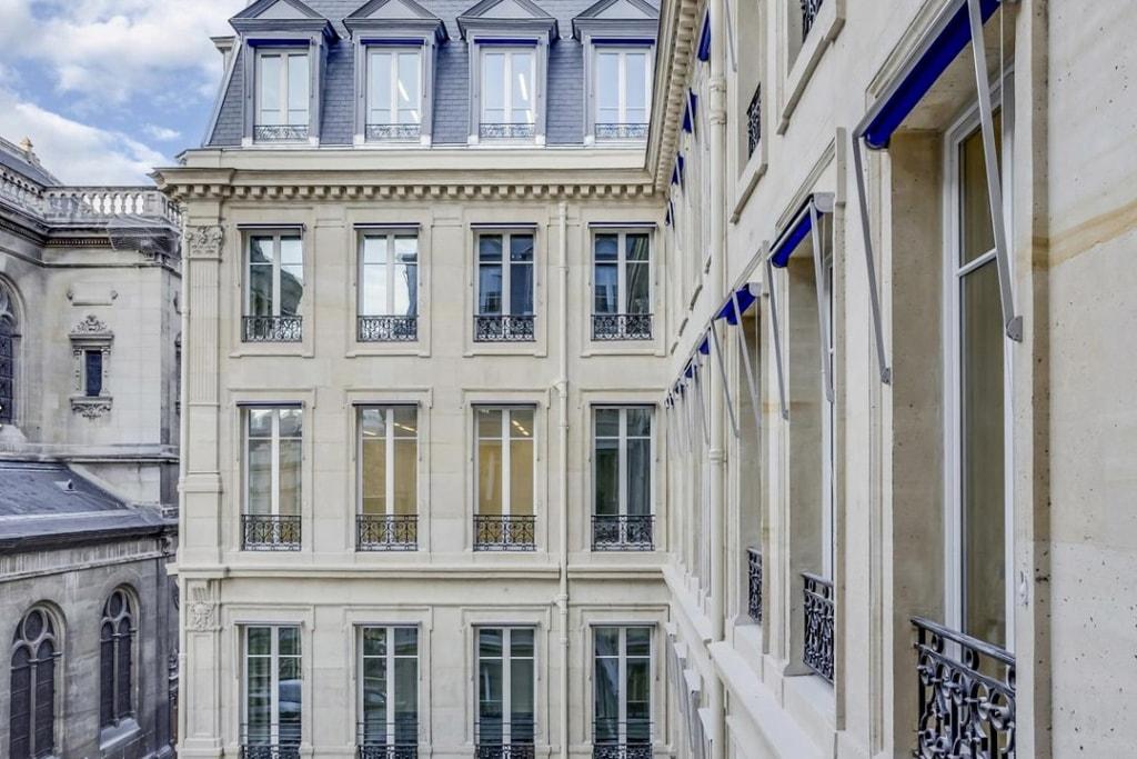 Effinergie Patrimoine / Rénovation basse consommation Le Théodore – Studios Architecture – Paris IXe [©Studios Architecture]